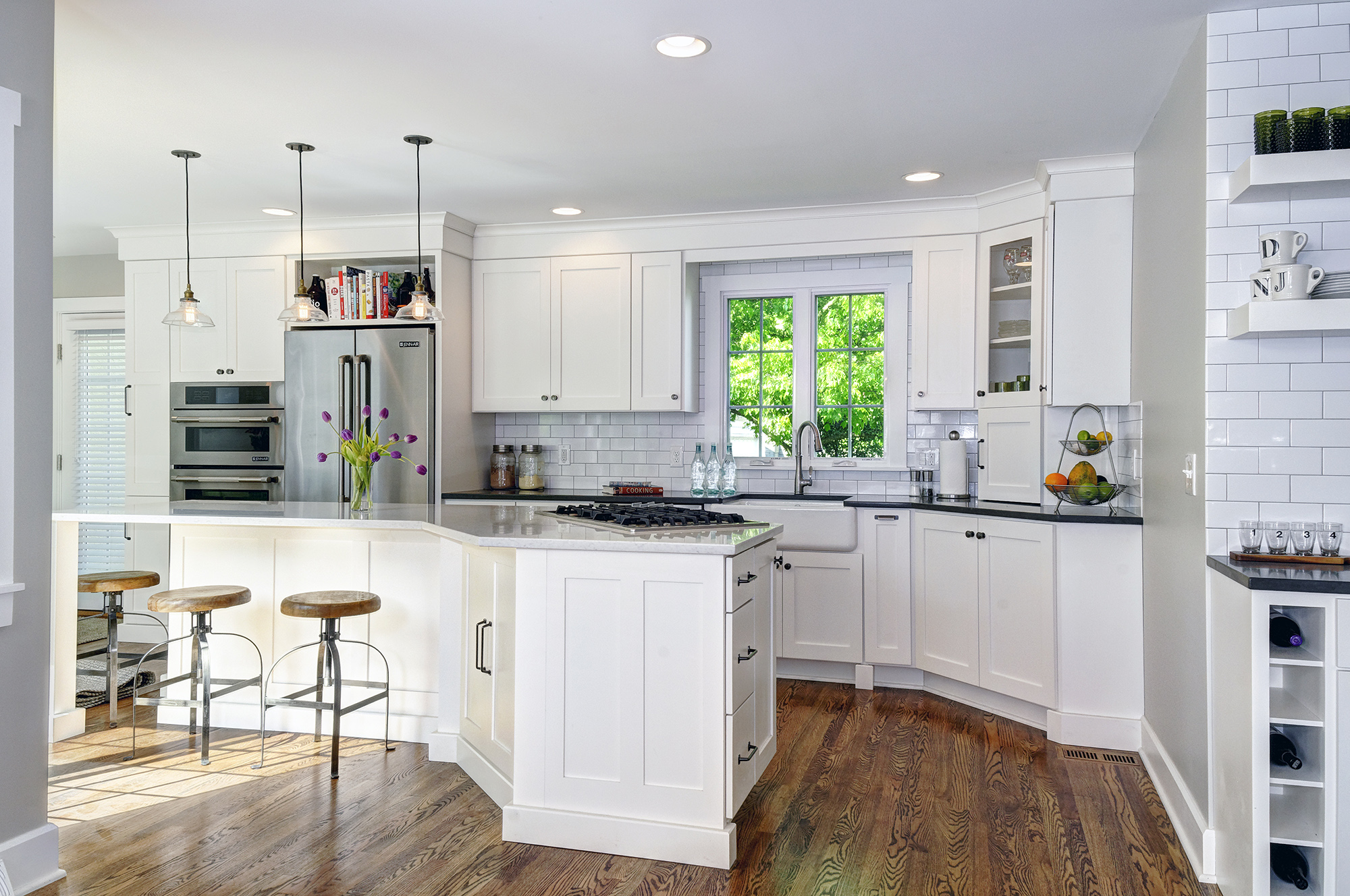 Kitchen Remodeling in Columbus: 7 Beautiful Kitchen ... on ideas to clean kitchen, ideas basement kitchen, ideas to design a kitchen, ideas to remodel kitchen, ideas to paint kitchen,