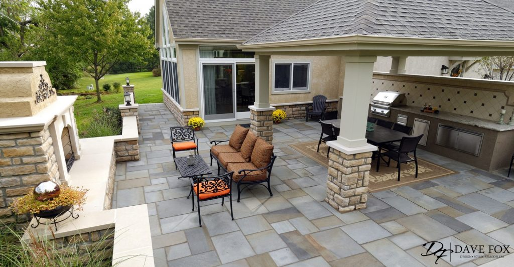outdoor-living-addition-Hilliard-ohio-outdoor-fireplace-grill-pergola